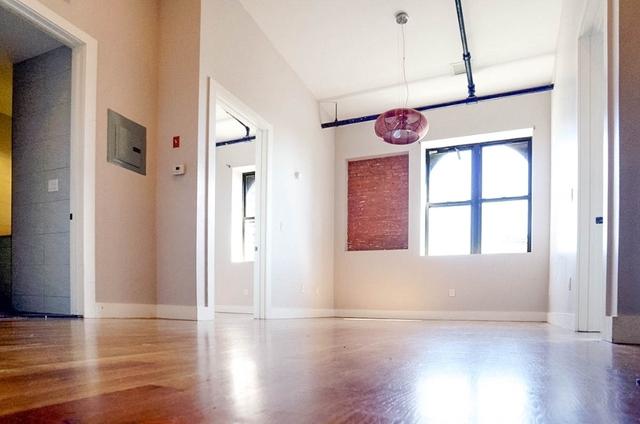 2 Bedrooms, Williamsburg Rental in NYC for $2,877 - Photo 1