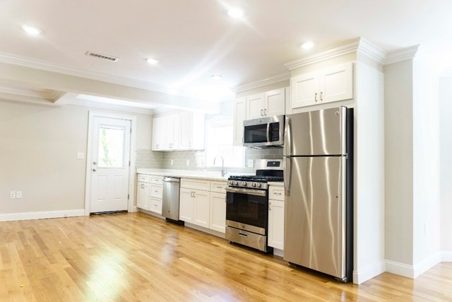 3 Bedrooms, Eagle Hill Rental in Boston, MA for $2,700 - Photo 2