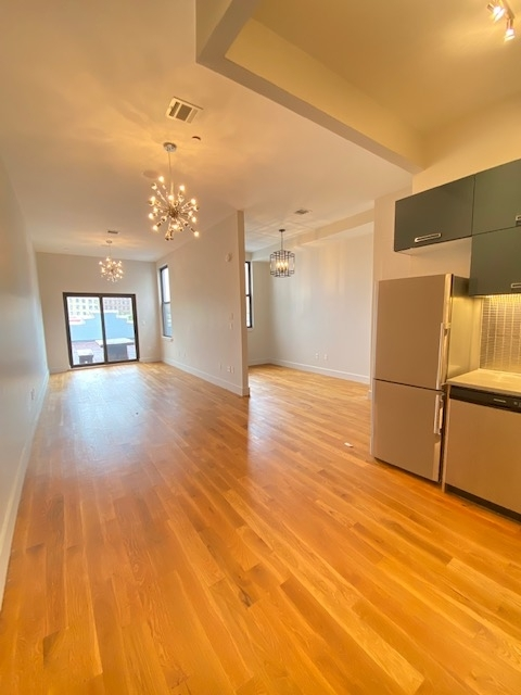 Studio, Bedford-Stuyvesant Rental in NYC for $2,500 - Photo 2