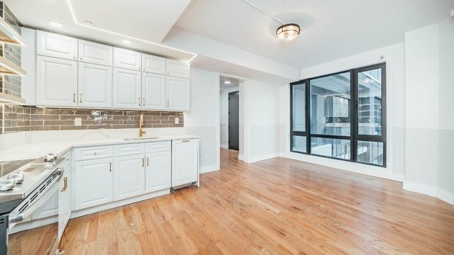 3 Bedrooms, Bushwick Rental in NYC for $4,375 - Photo 2