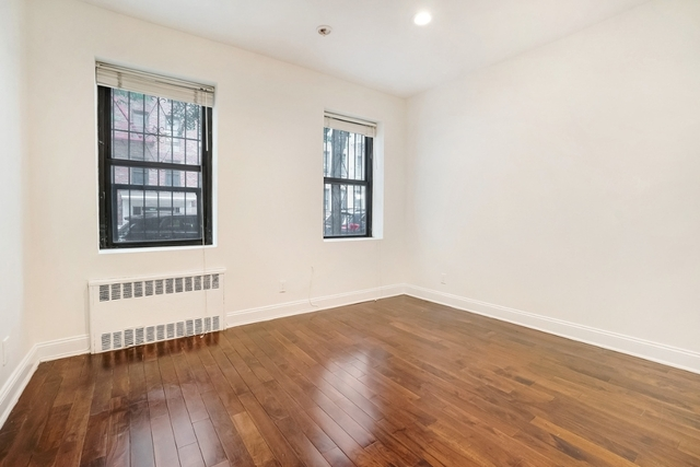 4 Bedrooms, Alphabet City Rental in NYC for $5,495 - Photo 2