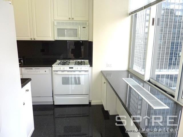 2 Bedrooms, Murray Hill Rental in NYC for $4,300 - Photo 2