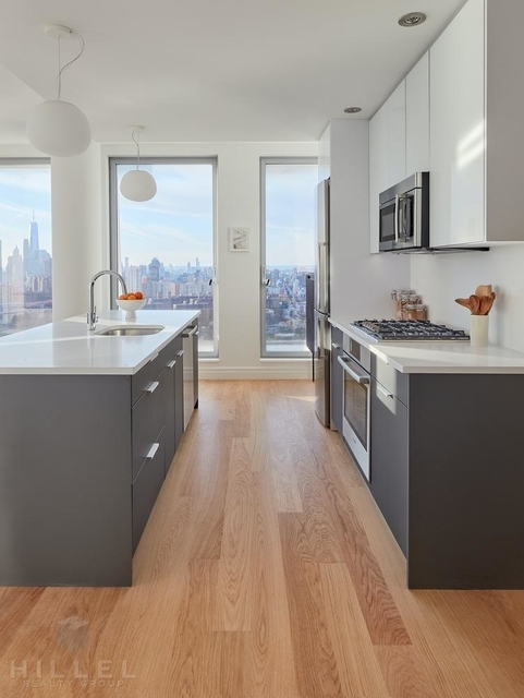 3 Bedrooms, Williamsburg Rental in NYC for $8,696 - Photo 1