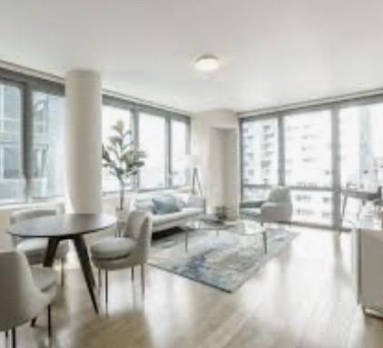 3 Bedrooms, Hell's Kitchen Rental in NYC for $4,100 - Photo 1
