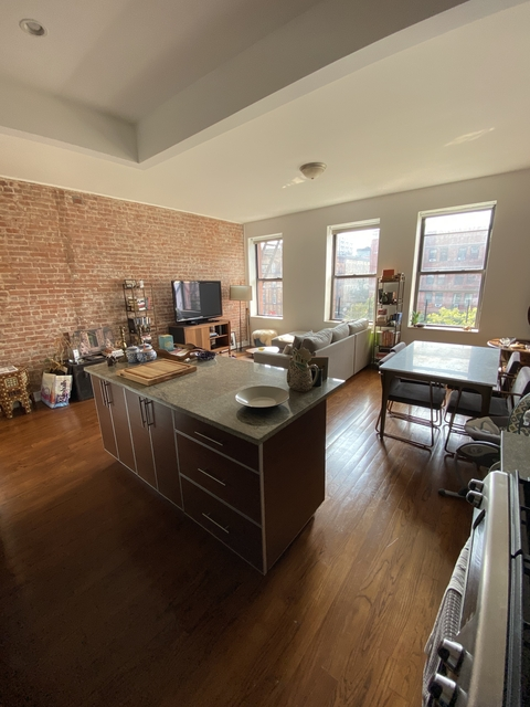2 Bedrooms, Central Harlem Rental in NYC for $4,200 - Photo 2