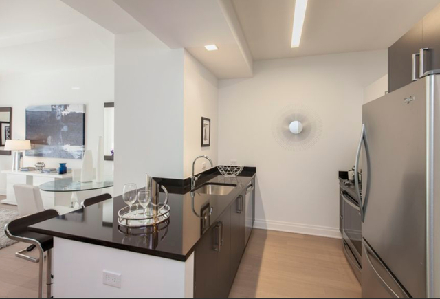 2 Bedrooms, Financial District Rental in NYC for $5,499 - Photo 2