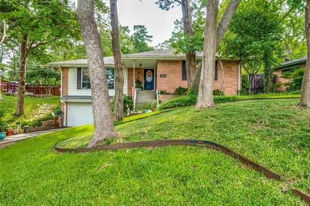 3 Bedrooms, Druid Hills Rental in Dallas for $2,350 - Photo 1