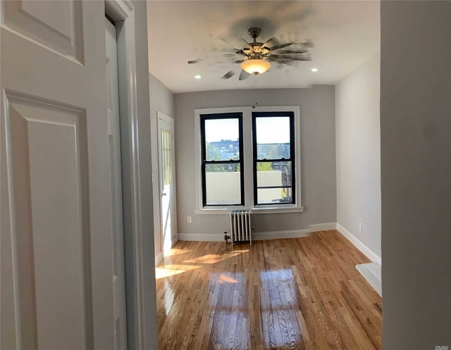 2 Bedrooms, Great Neck Plaza Rental in Long Island, NY for $2,900 - Photo 2