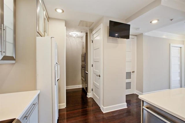 1 Bedroom, North Buckhead Rental in Atlanta, GA for $1,850 - Photo 2