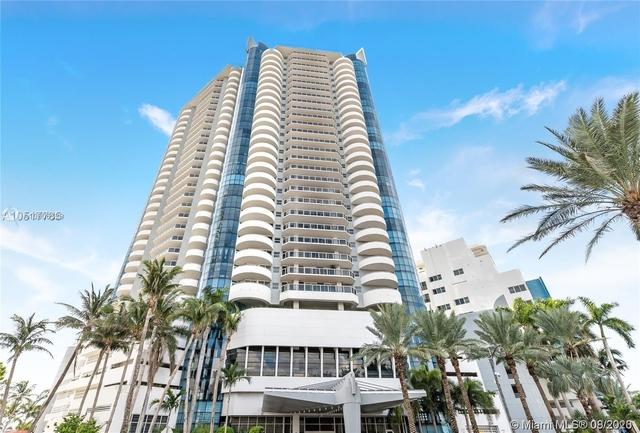 2 Bedrooms, Oceanfront Rental in Miami, FL for $2,780 - Photo 1