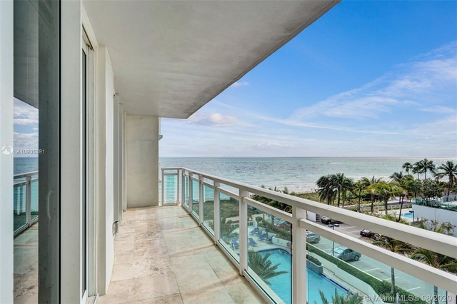 2 Bedrooms, Atlantic Heights Rental in Miami, FL for $2,975 - Photo 2