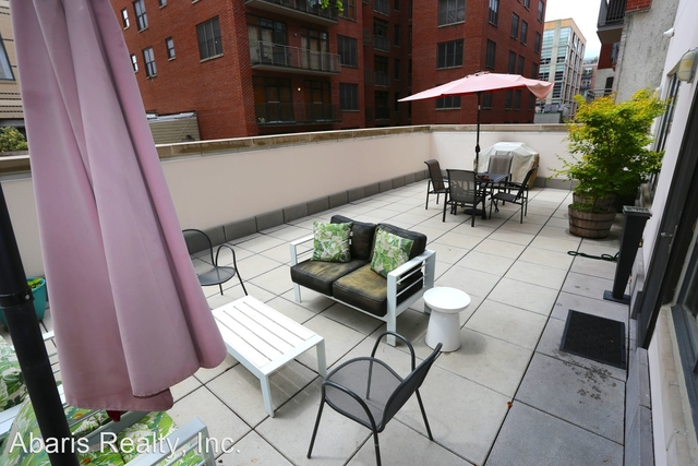 2 Bedrooms, Logan Circle - Shaw Rental in Washington, DC for $3,900 - Photo 1