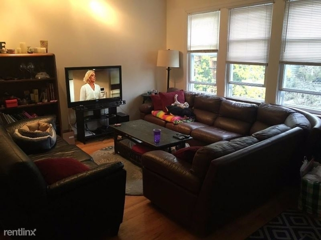 3 Bedrooms, Lathrop Rental in Chicago, IL for $2,150 - Photo 1