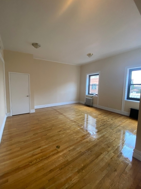 5 Bedrooms, Greenwich Village Rental in NYC for $6,995 - Photo 2