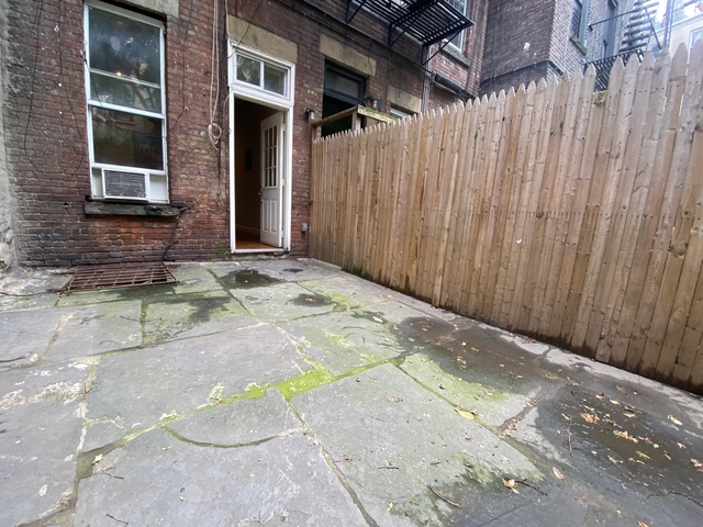 2 Bedrooms, West Village Rental in NYC for $4,487 - Photo 1