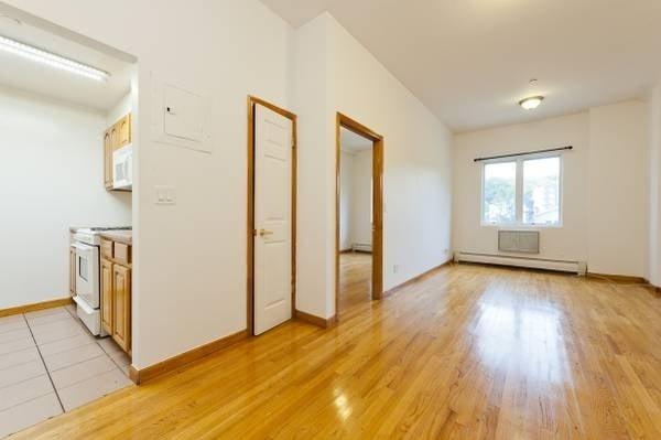 1 Bedroom, Astoria Rental in NYC for $1,970 - Photo 1