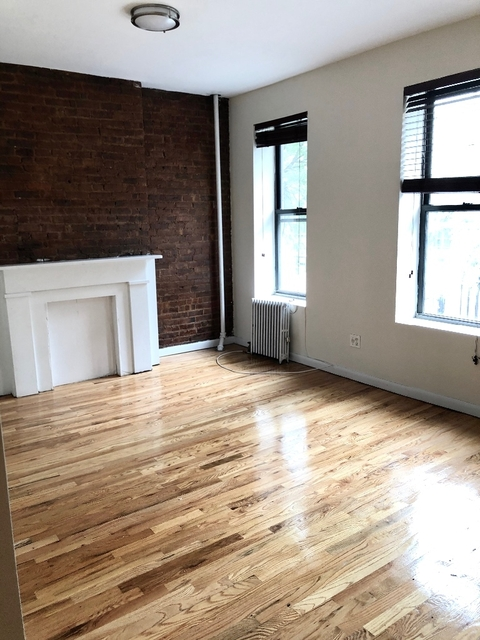 2 Bedrooms, Hell's Kitchen Rental in NYC for $2,379 - Photo 1