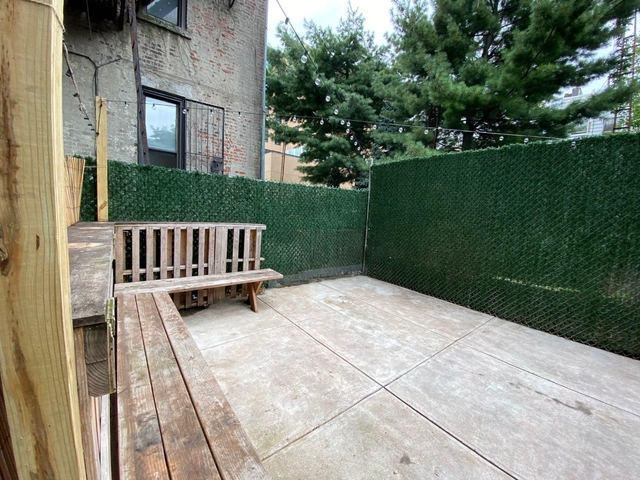 3 Bedrooms, Greenpoint Rental in NYC for $4,000 - Photo 2