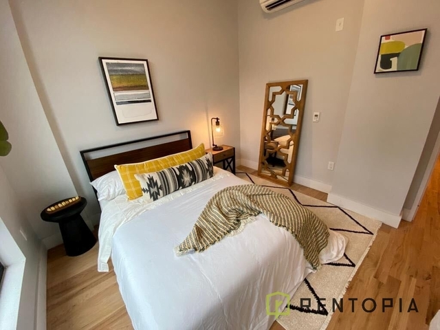 2 Bedrooms, Greenpoint Rental in NYC for $3,461 - Photo 2
