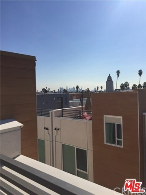 2 Bedrooms, Hollywood United Rental in Los Angeles, CA for $4,000 - Photo 2