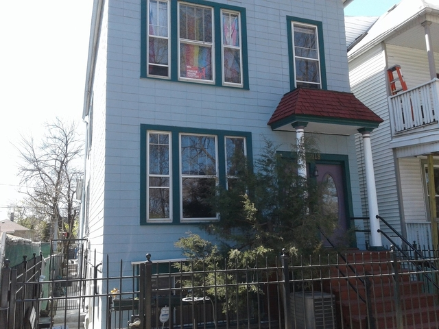 2 Bedrooms, Roscoe Village Rental in Chicago, IL for $1,595 - Photo 1
