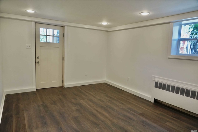 1 Bedroom, Manorhaven Rental in Long Island, NY for $2,500 - Photo 2