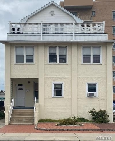 2 Bedrooms, Westholme South Rental in Long Island, NY for $2,400 - Photo 1