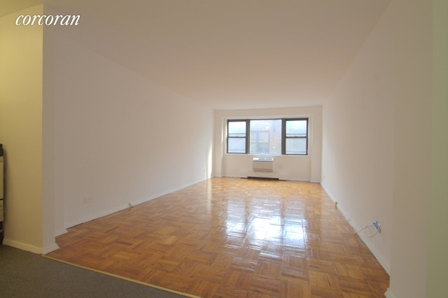 Studio, Sutton Place Rental in NYC for $2,415 - Photo 2