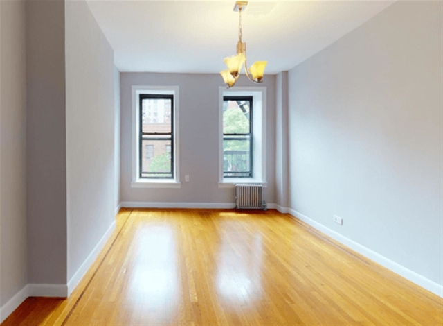 1 Bedroom, Chelsea Rental in NYC for $2,369 - Photo 2