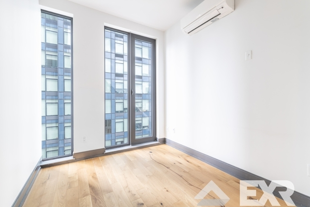 1 Bedroom, Long Island City Rental in NYC for $3,683 - Photo 2