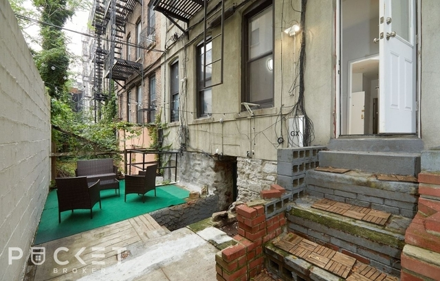 2 Bedrooms, Alphabet City Rental in NYC for $2,900 - Photo 1