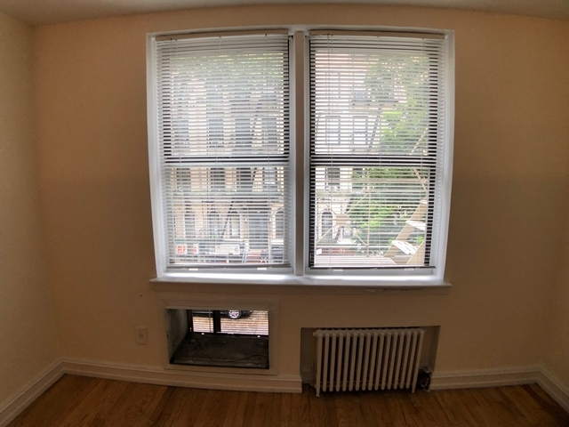 Studio, Yorkville Rental in NYC for $1,970 - Photo 1