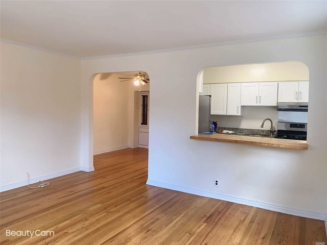 2 Bedrooms, Murray Hill Rental in NYC for $2,250 - Photo 2