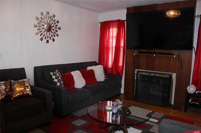 2 Bedrooms, Lynbrook Rental in Long Island, NY for $2,900 - Photo 2