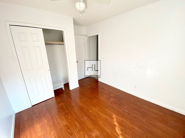 2 Bedrooms, Chinatown Rental in NYC for $2,495 - Photo 2