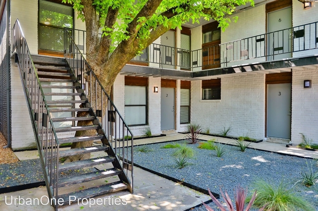 2 Bedrooms, Montrose Rental in Houston for $1,650 - Photo 2