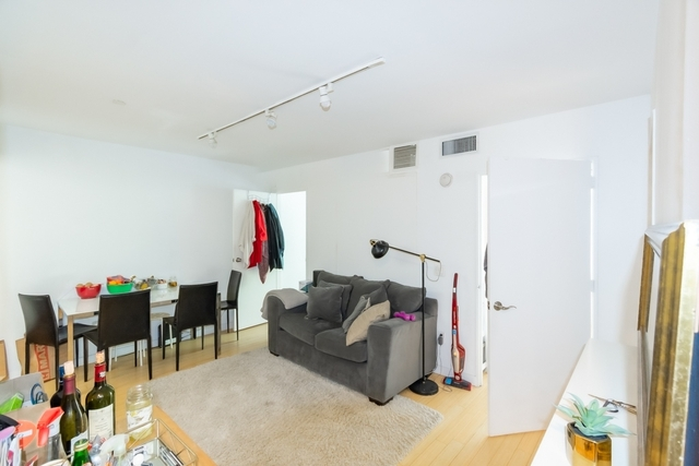 3 Bedrooms, Alphabet City Rental in NYC for $4,025 - Photo 1