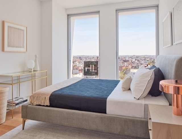 3 Bedrooms, Williamsburg Rental in NYC for $11,595 - Photo 2