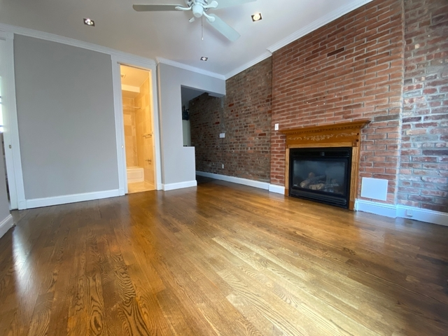 3 Bedrooms, Gramercy Park Rental in NYC for $4,670 - Photo 2