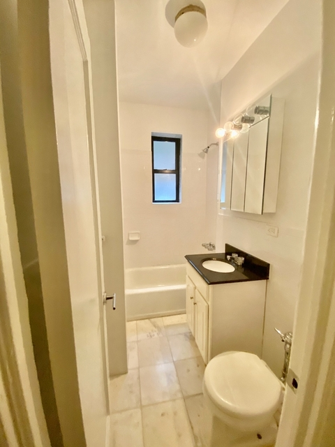 Studio, West Village Rental in NYC for $2,308 - Photo 2