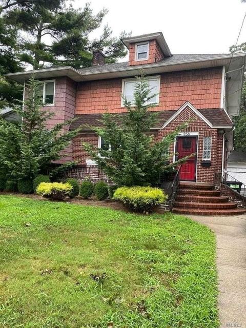 3 Bedrooms, Cedarhurst Rental in Long Island, NY for $2,800 - Photo 1