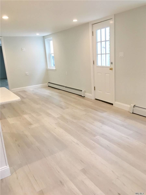 2 Bedrooms, West End Rental in Long Island, NY for $2,550 - Photo 2