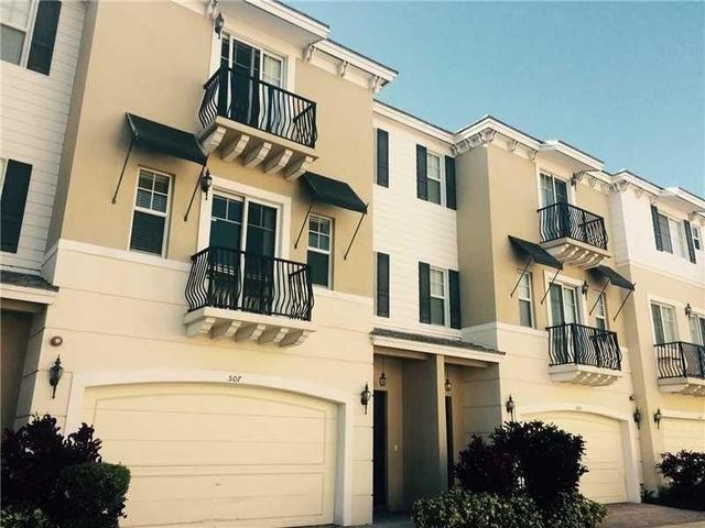 3 Bedrooms, Vistazo at Boca Raton Rental in Miami, FL for $2,850 - Photo 1