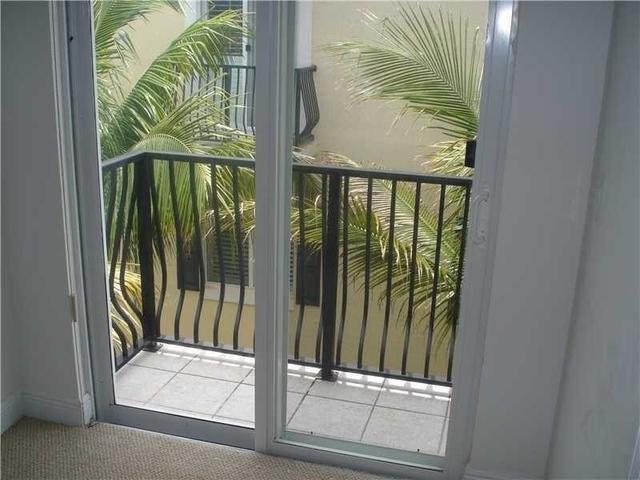 3 Bedrooms, Vistazo at Boca Raton Rental in Miami, FL for $2,850 - Photo 2