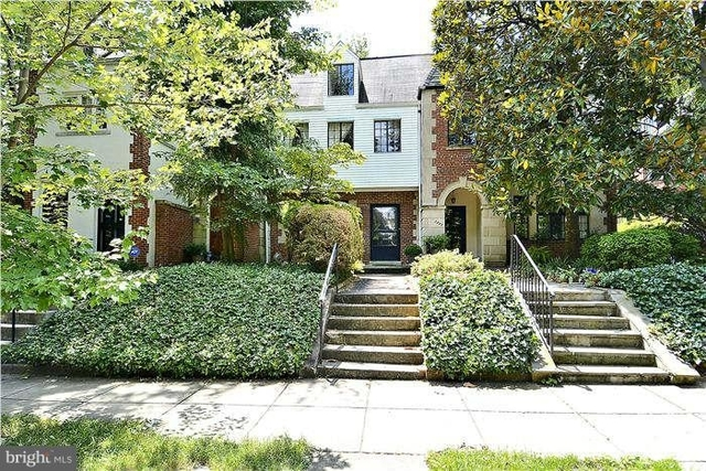 3 Bedrooms, Woodley Park Rental in Washington, DC for $4,950 - Photo 2