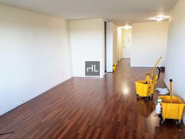 2 Bedrooms, Forest Hills Rental in NYC for $3,435 - Photo 1
