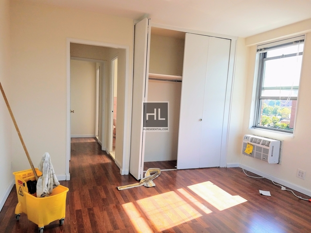 2 Bedrooms, Forest Hills Rental in NYC for $3,435 - Photo 2