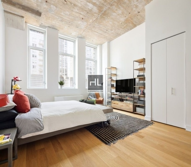 2 Bedrooms, Long Island City Rental in NYC for $4,300 - Photo 2