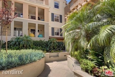 3 Bedrooms, Westchester Rental in Los Angeles, CA for $5,300 - Photo 1