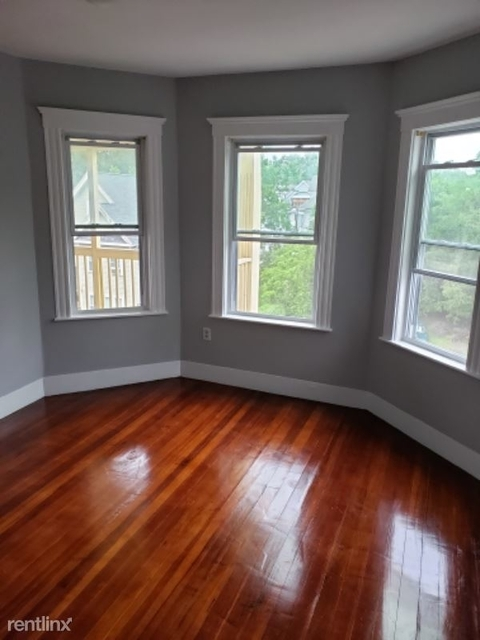 3 Bedrooms, Franklin Field South Rental in Boston, MA for $2,400 - Photo 2